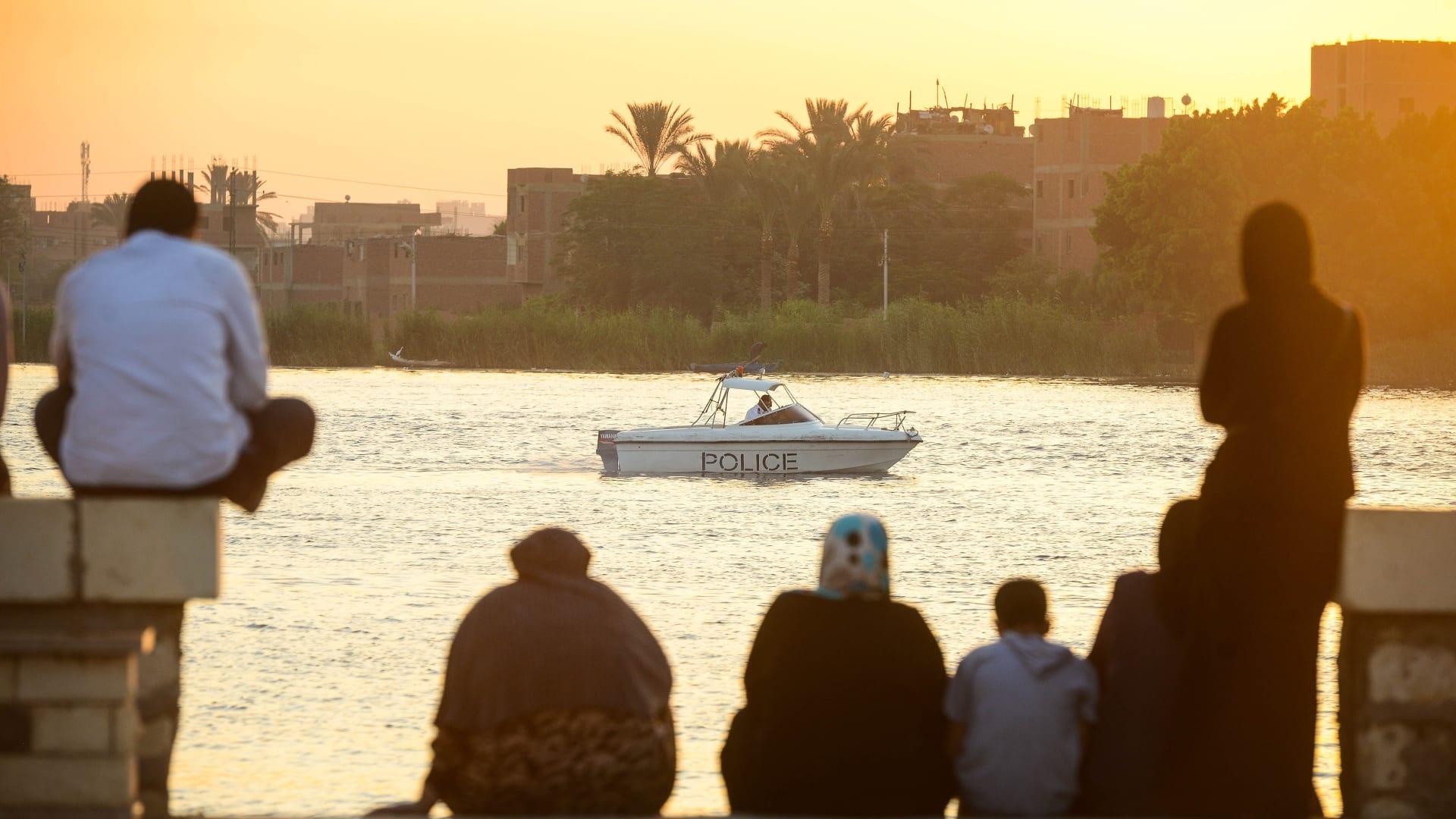 جولة عبر نهر النيل برحلة فريدة بحثاً عن التجديد الروحي