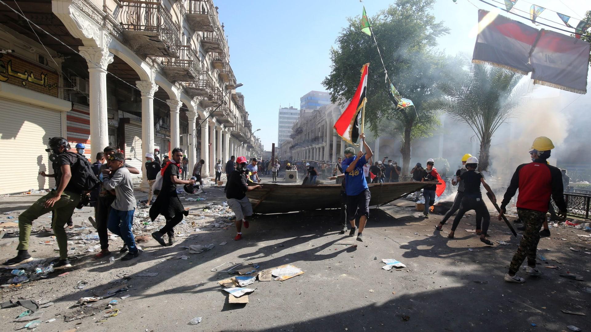 كيف ينظر المتظاهرون العراقيون لوعود الحكومة؟