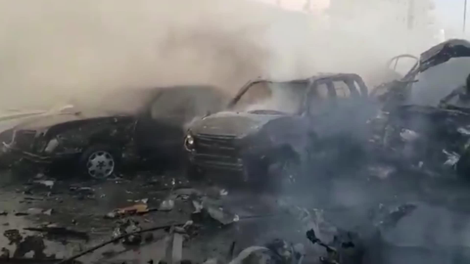 صورة لآثار هجوم بسيارة مفخخة في مدينة الباب شمال سوريا