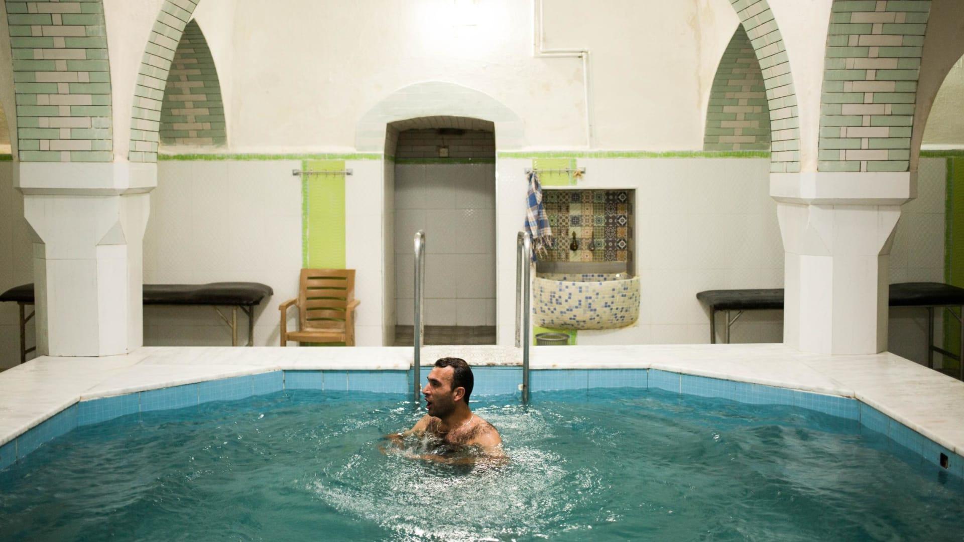 وراء الجدران.. تعرف إلى طقوس الحمام الأذربيجاني