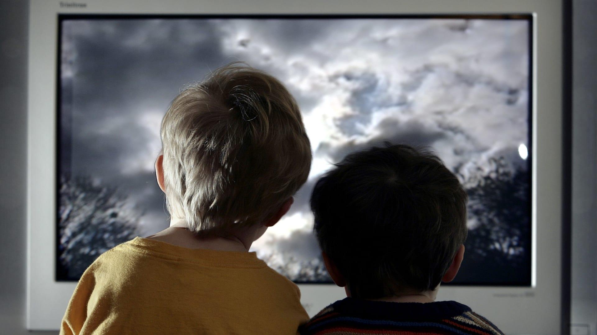 دراسة: الأطفال دون أخوة أو أخوات أكثر عرضة للإصابة بالسمنة