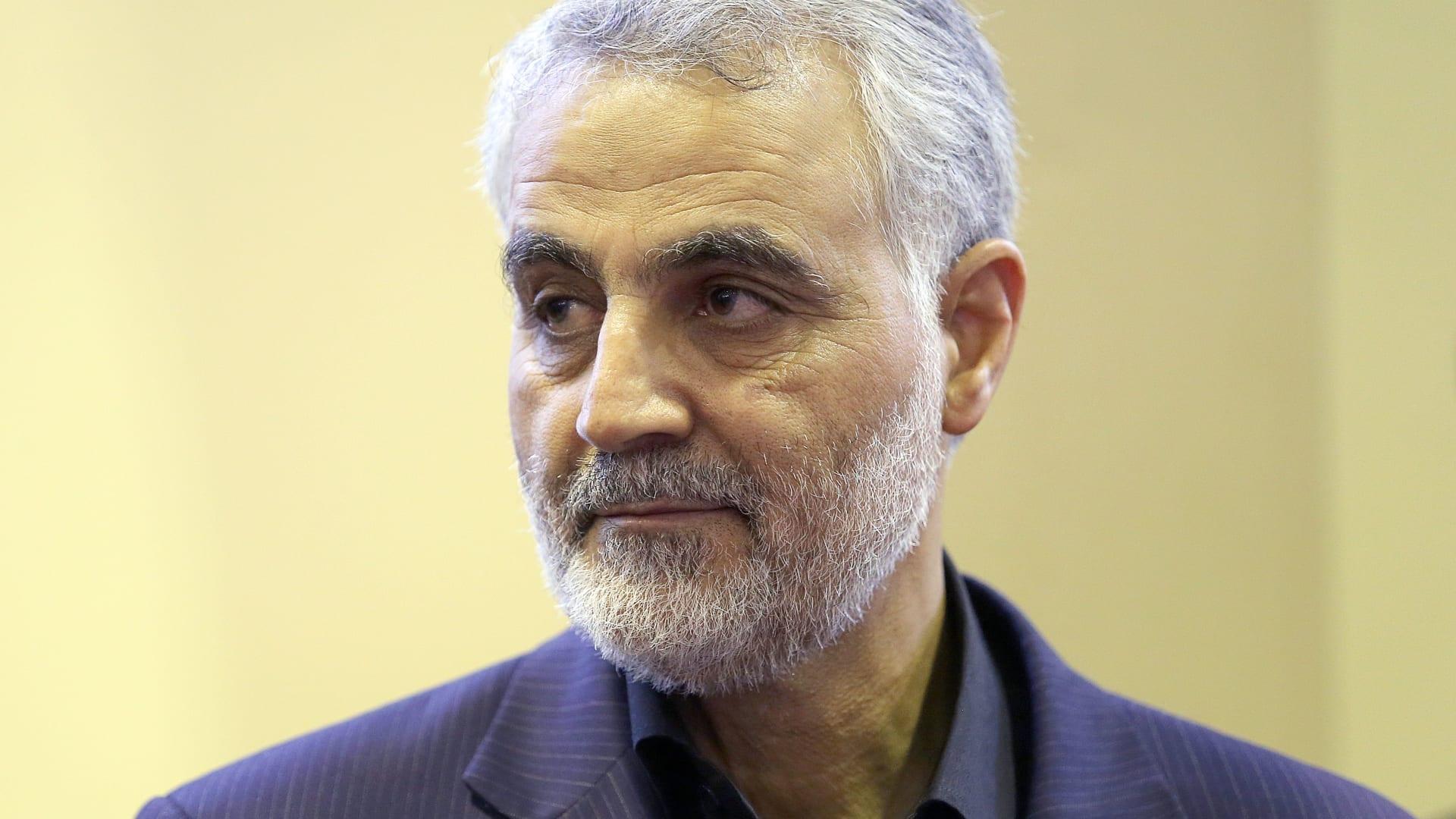 فيديو للجنرال الإيراني قاسم سليماني .. رسالة من العراق إلى عائلته بإيران