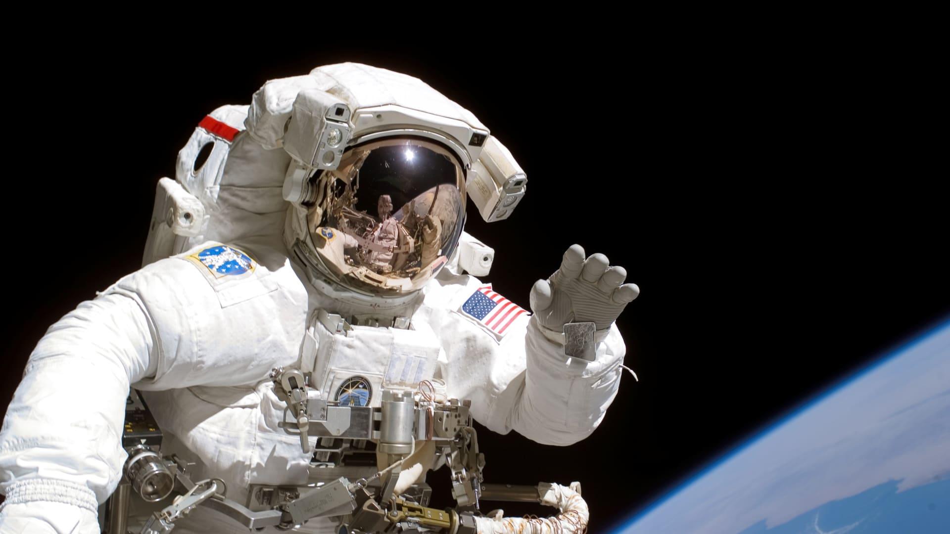 في الفضاء.. رفيق آلي للبشر لمساعدتهم على عدم الشعور بالوحدة