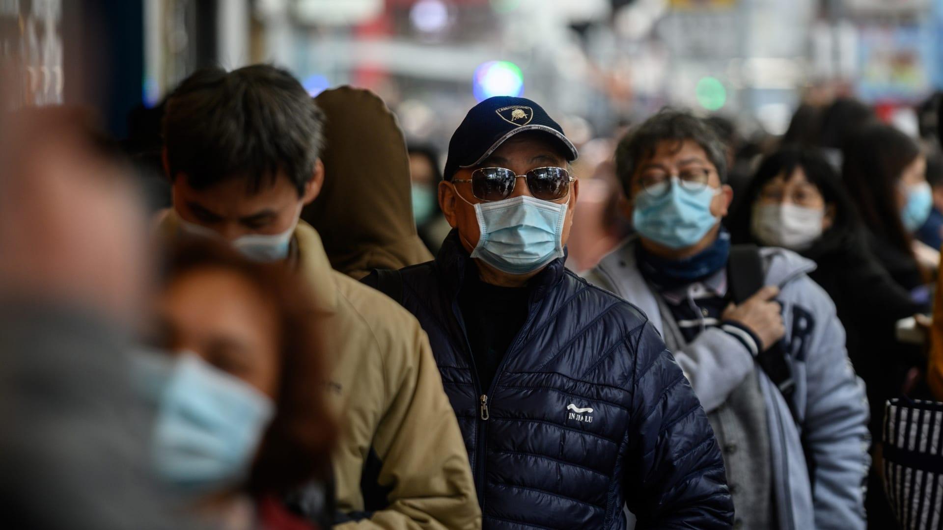 """""""أرض زومبي"""".. هكذا أثار فيروس كورونا الرعب في الصين"""