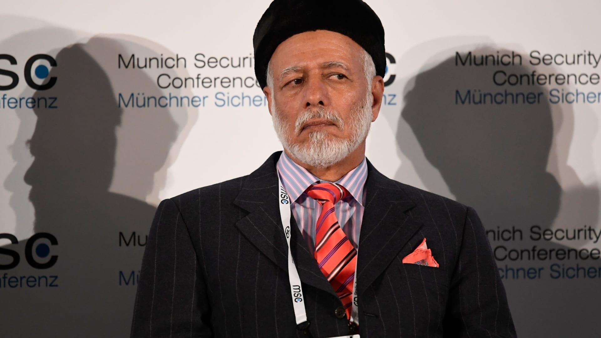 وزير خارجية عُمان لـCNN: إسرائيل تحتاج للعيش بسلام
