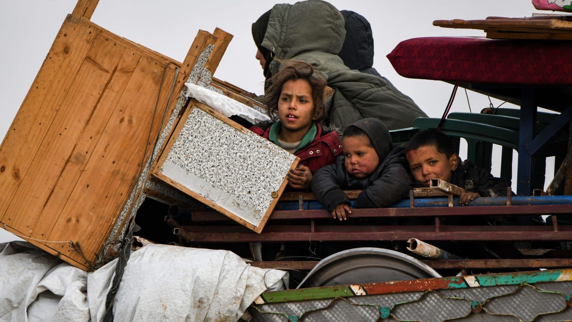 CNN في مخيمات النازحين الفارين من نيران القصف في إدلب