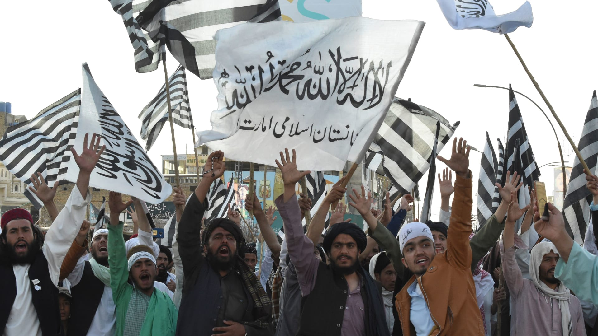 """متحدث طالبان لـCNN: اتفاق السلام مع أمريكا """"مربح للطرفين"""""""