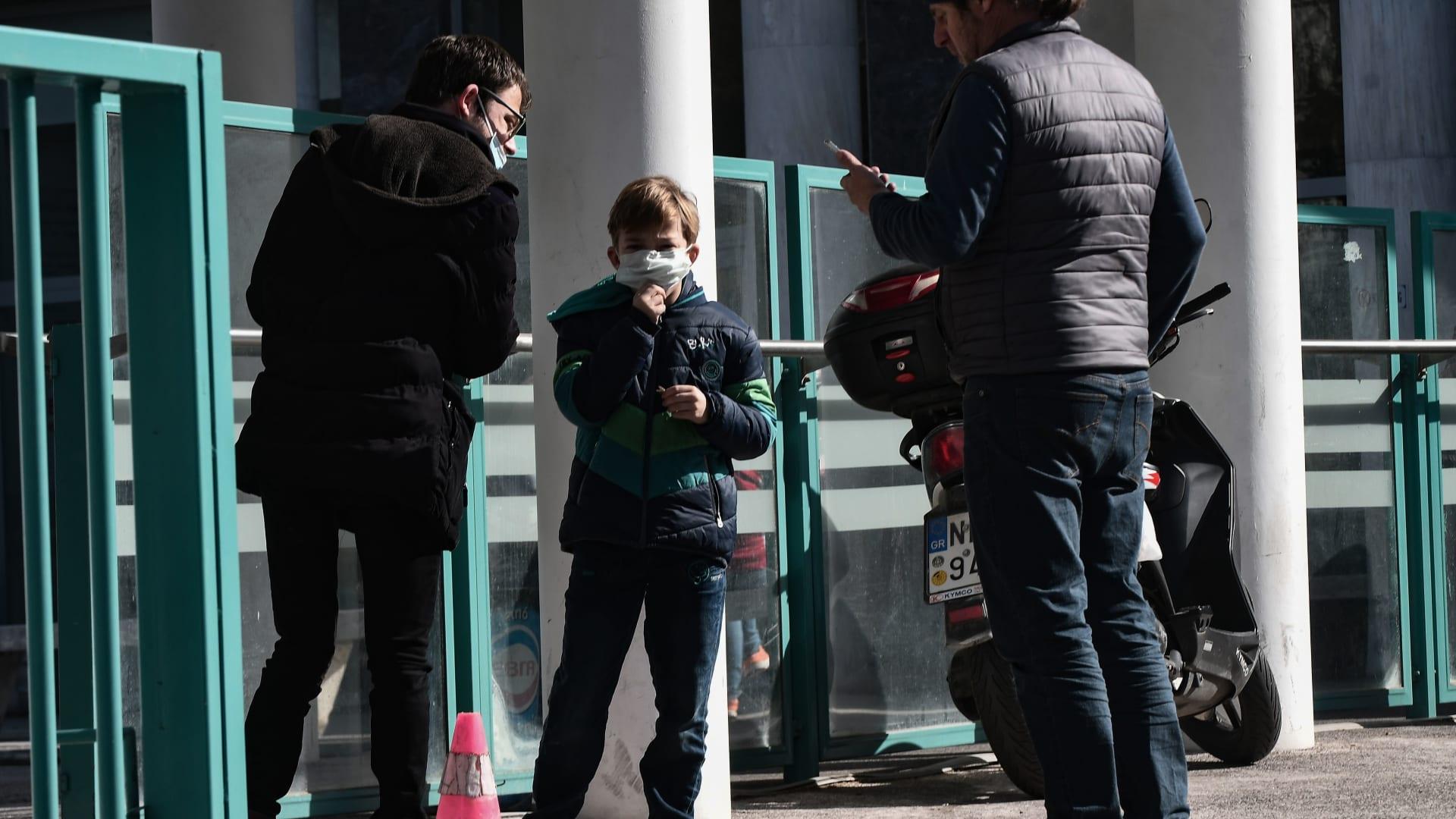 23 من بين 290 عضواً برلمانيا أصيبوا بفيروس كورونا في ايران