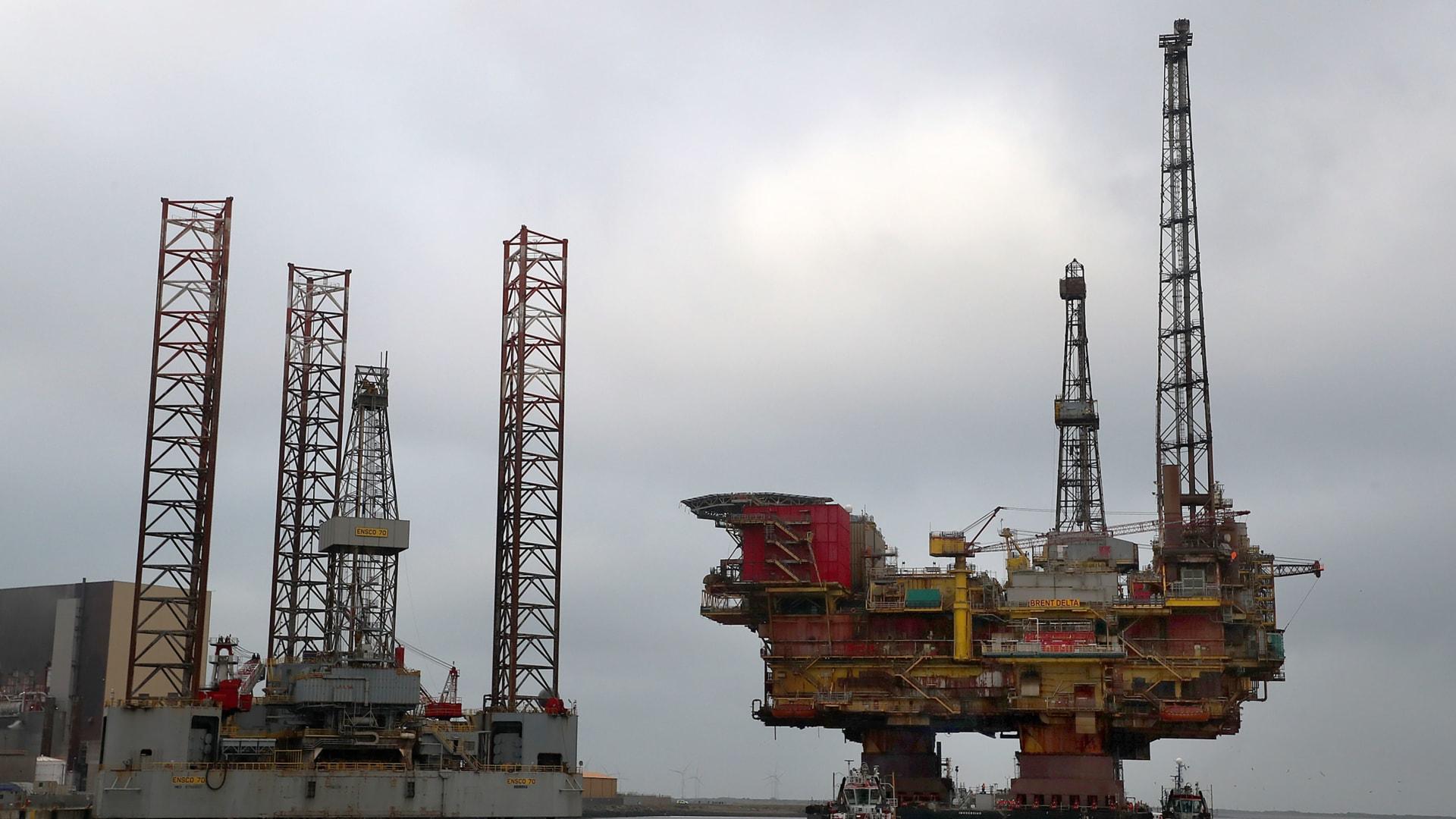 أوبك تحت ضغط كبير بسبب كورونا.. وهكذا أثر الفيروس على طلب النفط