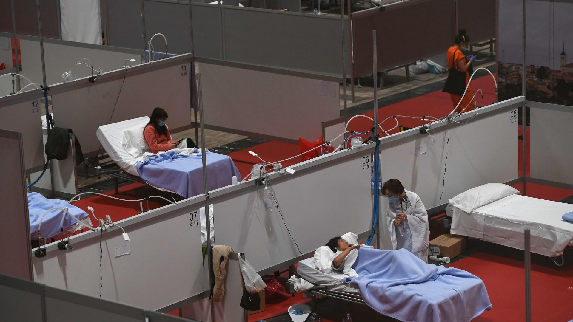 """فيروس كورونا.. برنامج الغذاء العالمي يحذّر من """"مجاعات جماعية"""" في العالم"""