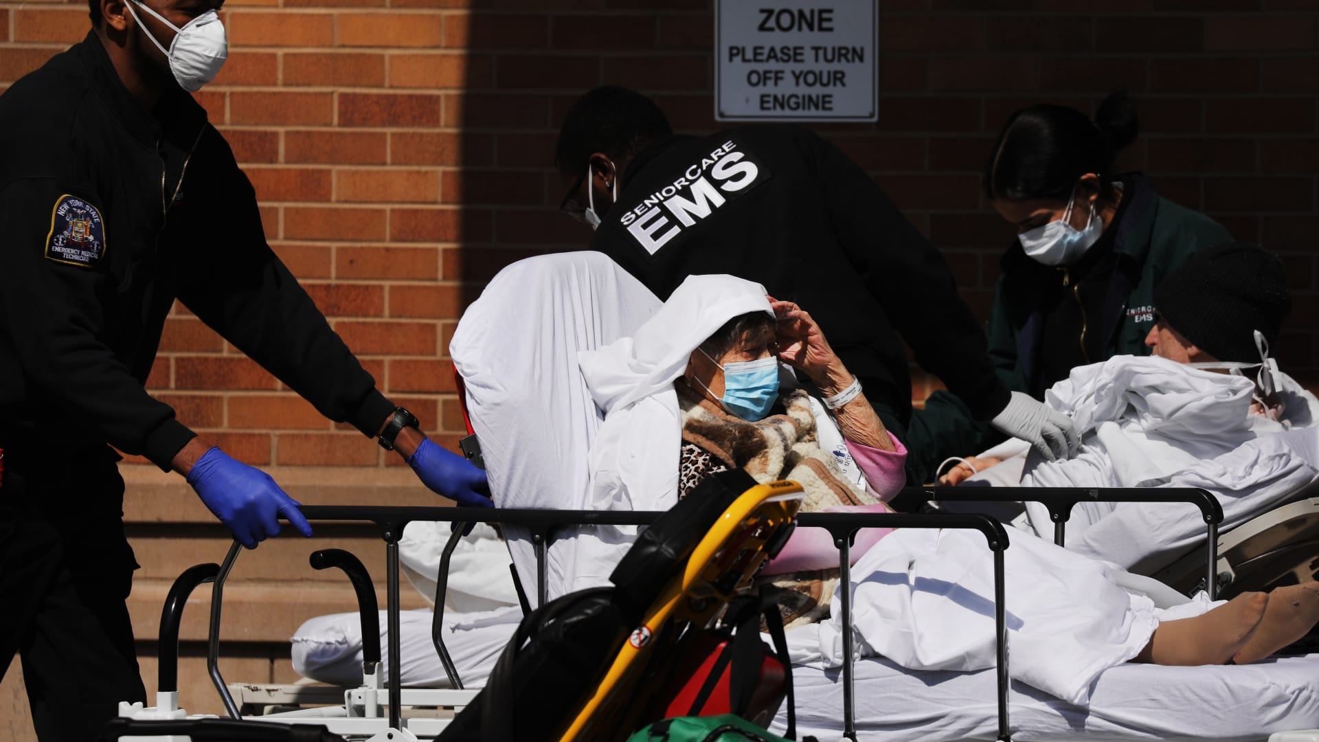 إليكم سبب ارتفاع معدل وفيات فيروس كورونا في أمريكا مقارنة بدول العالم