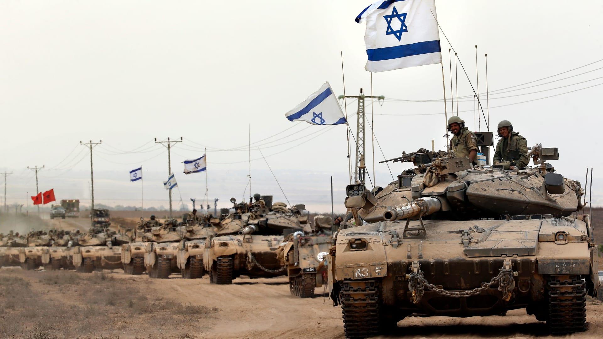 آثار القذائف الإسرائيلية بعد عملية حزب الله في أفيميم