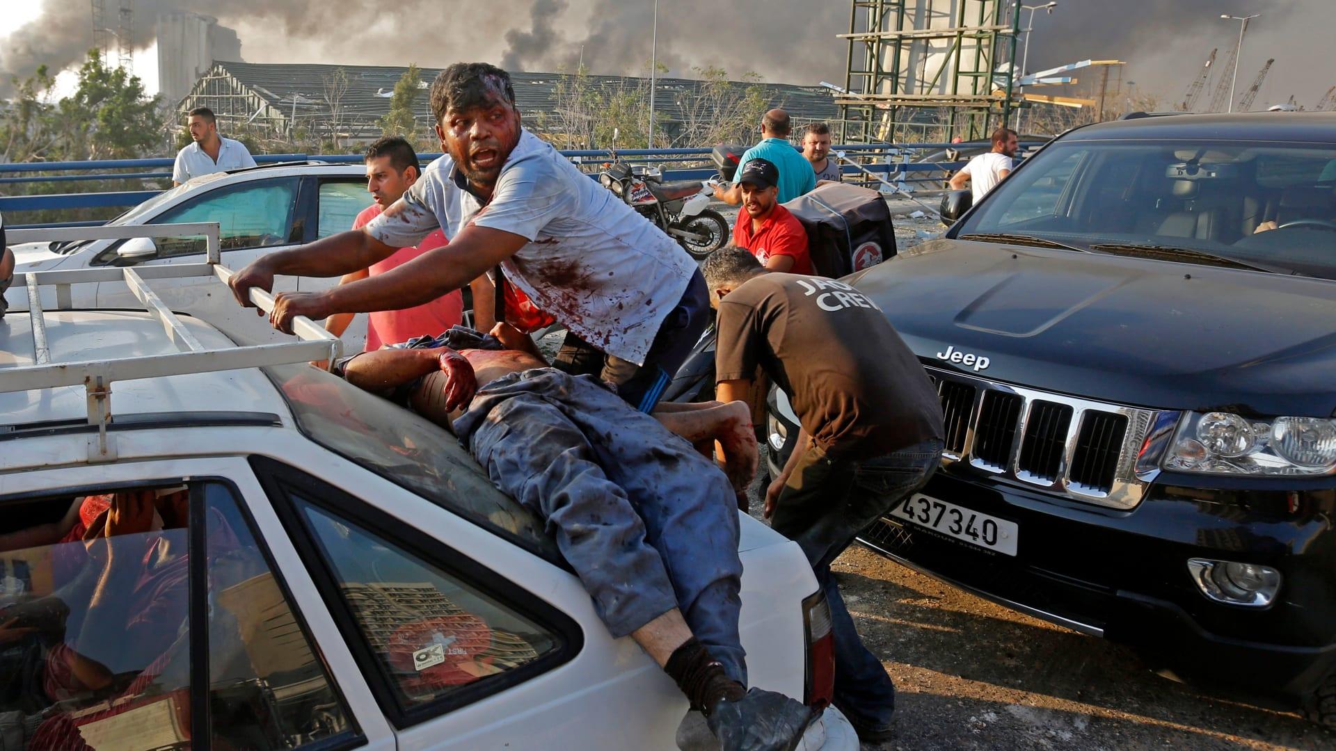 لبنان.. انهيار اقتصادي وانتشار كورونا وانفجار لم يسبق له مثيل