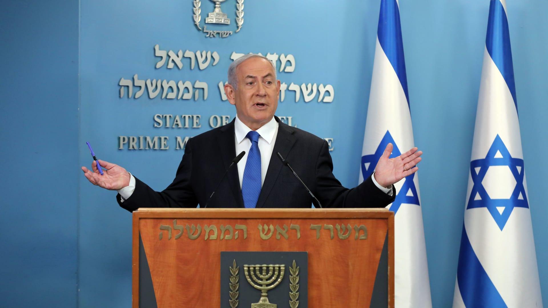 """أنور قرقاش لـCNN: الاتفاق مع إسرائيل """"نزع فتيل قنبلة موقوتة"""""""