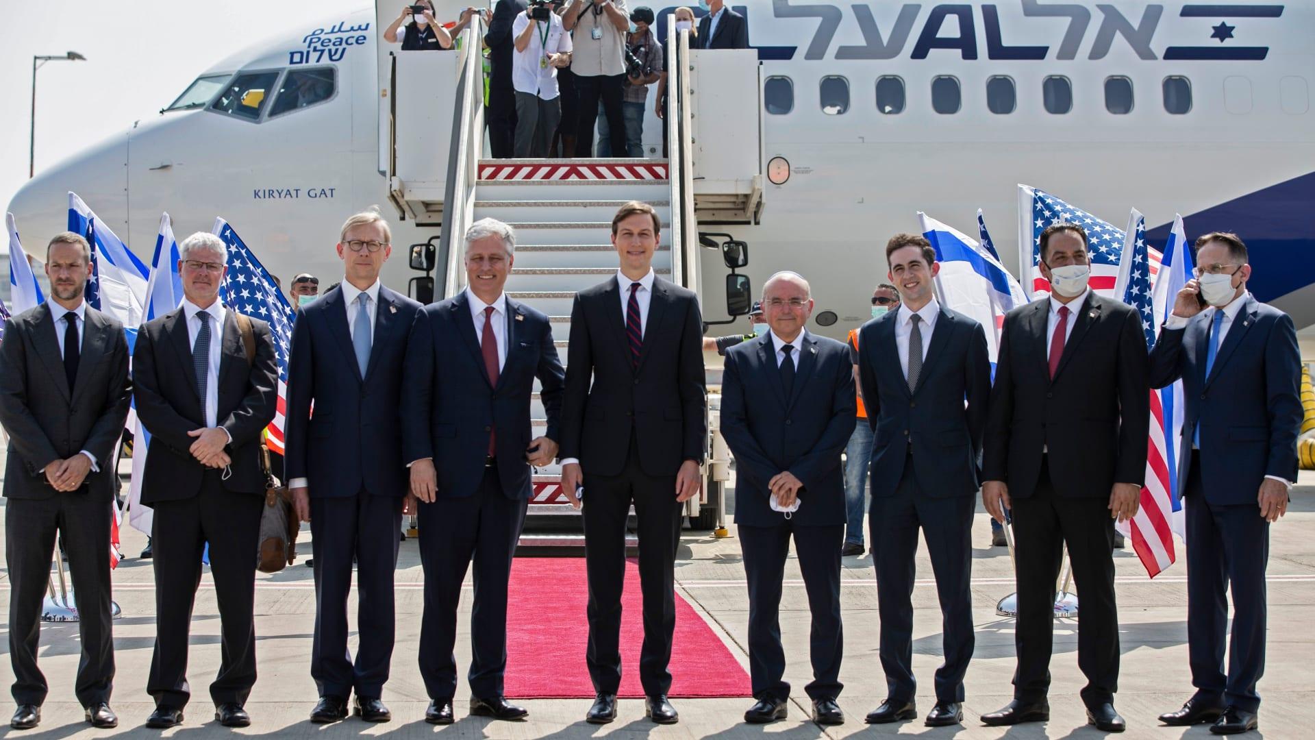 قائد الطائرة المتجهة من إسرائيل إلى الإمارات: أكثر رحلاتي إثارة