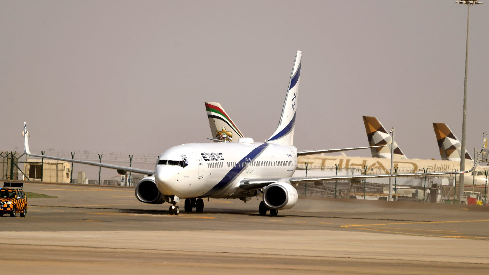 لماذا يعتبر الاتفاق بين الإمارات وإسرائيل تاريخياً؟ ومن المستفيد المحتمل منه؟