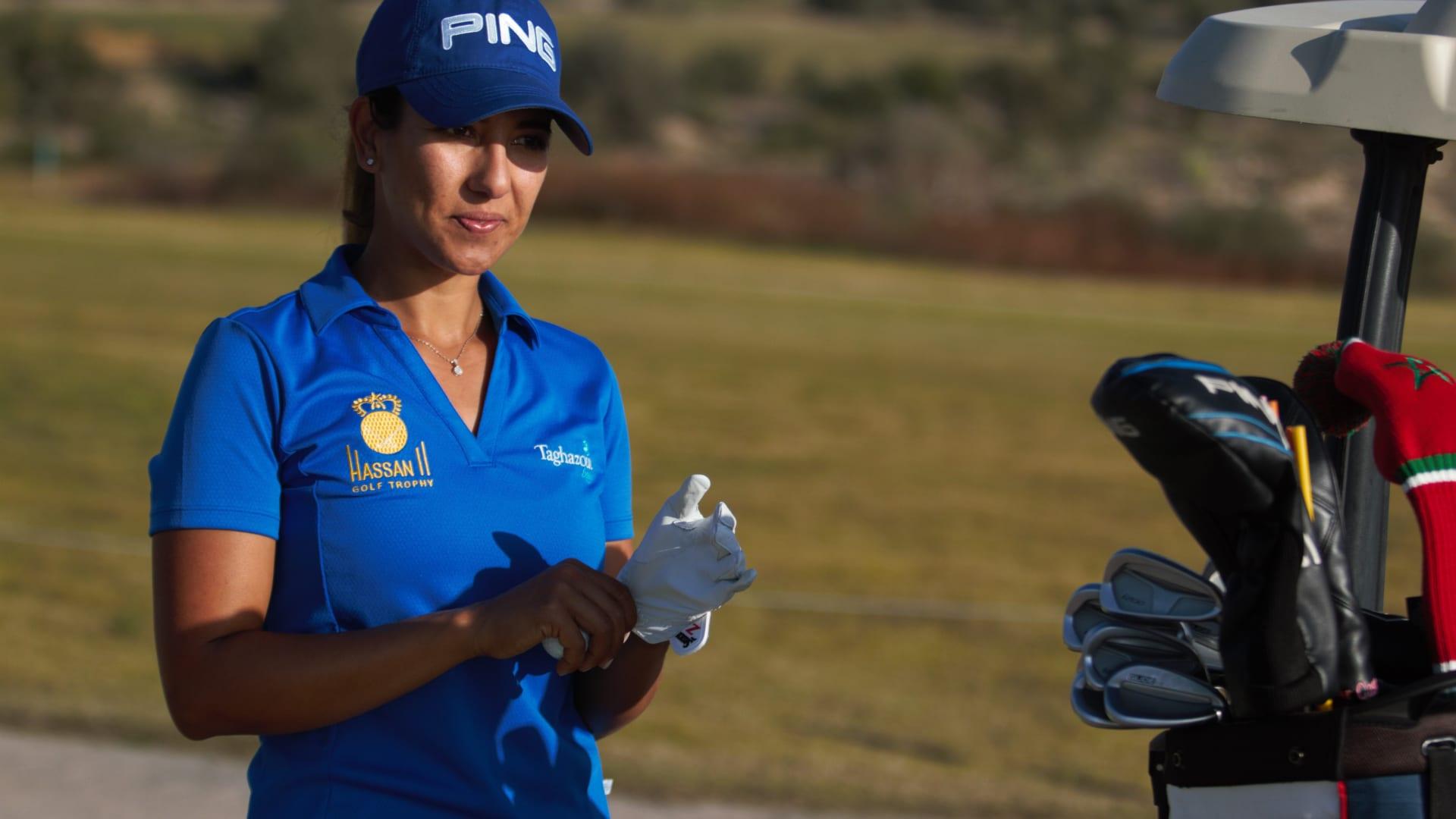 تعرّفوا على بطل الغولف المسؤول عن بعض أطول ضربات الغولف المسجلة على الإطلاق