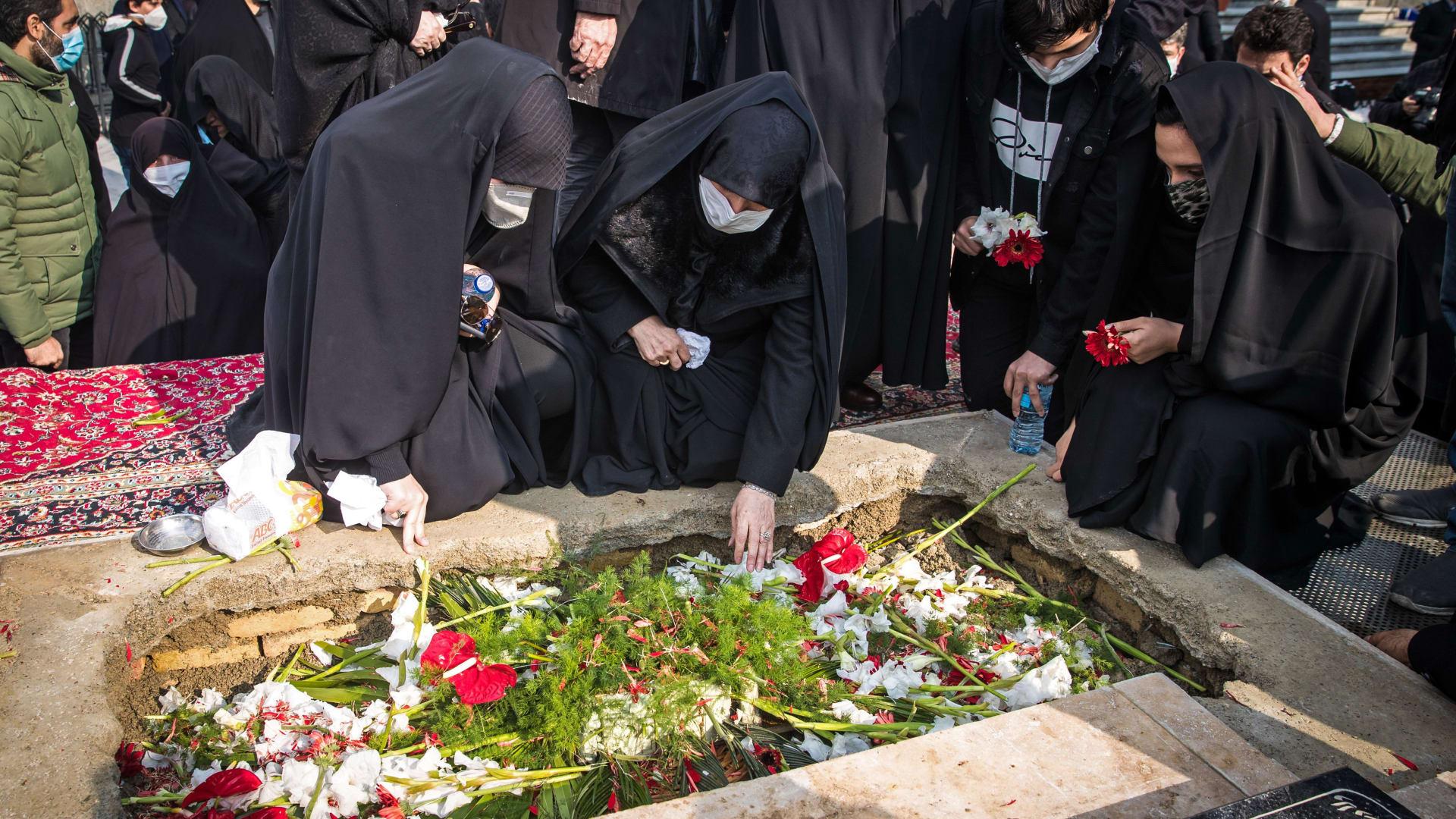 """ما حقيقة استخدام """"رشاش بتحكم عن بعد"""" لقتل محسن فخري زادة؟"""