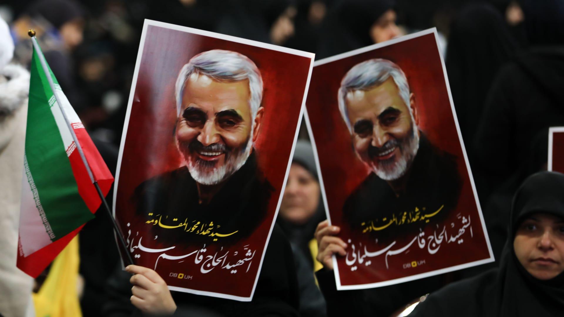 من هو قاسم سليماني ولماذا يشكل موته ضربة لإيران؟