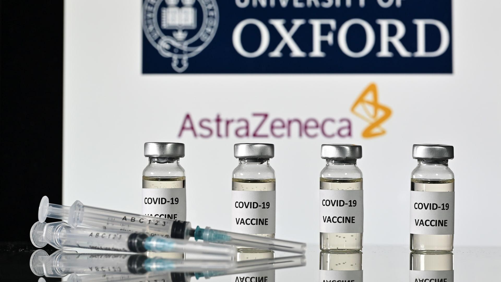 """باحث رئيسي في لقاح """"أسترازينيكا"""" يشرح كيفية رفع نسبة فعالية اللقاح إلى 90٪"""