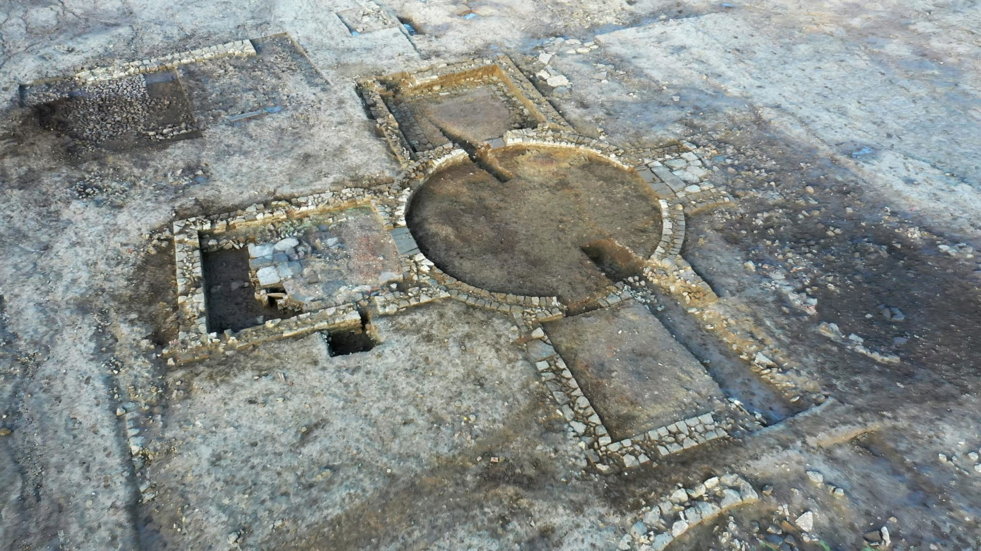 انقرضت قبل 400 عام.. شاهد كيف عادت القنادس إلى إنجلترا