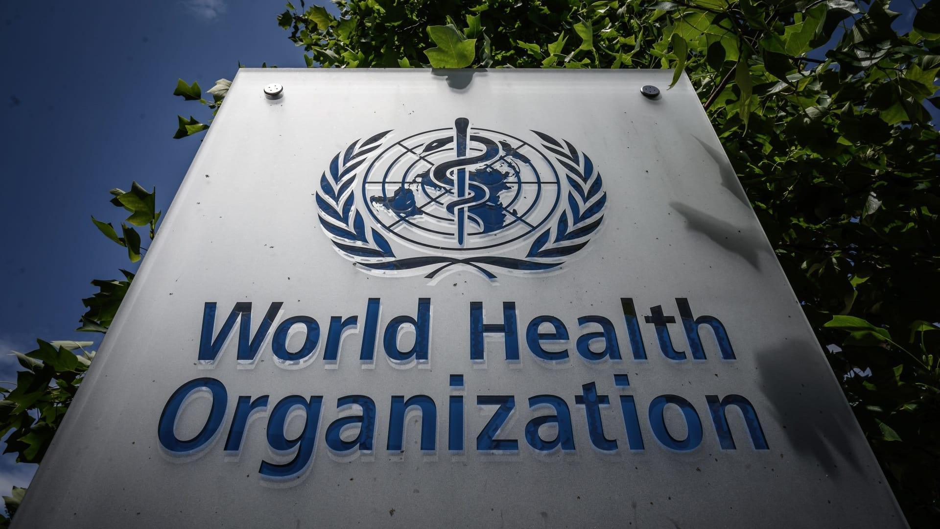 """رئيس منظمة الصحة العالمية: """"سيكون من الخطأ الفادح الاعتقاد بأن خطر فيروس كورونا قد انتهى"""""""