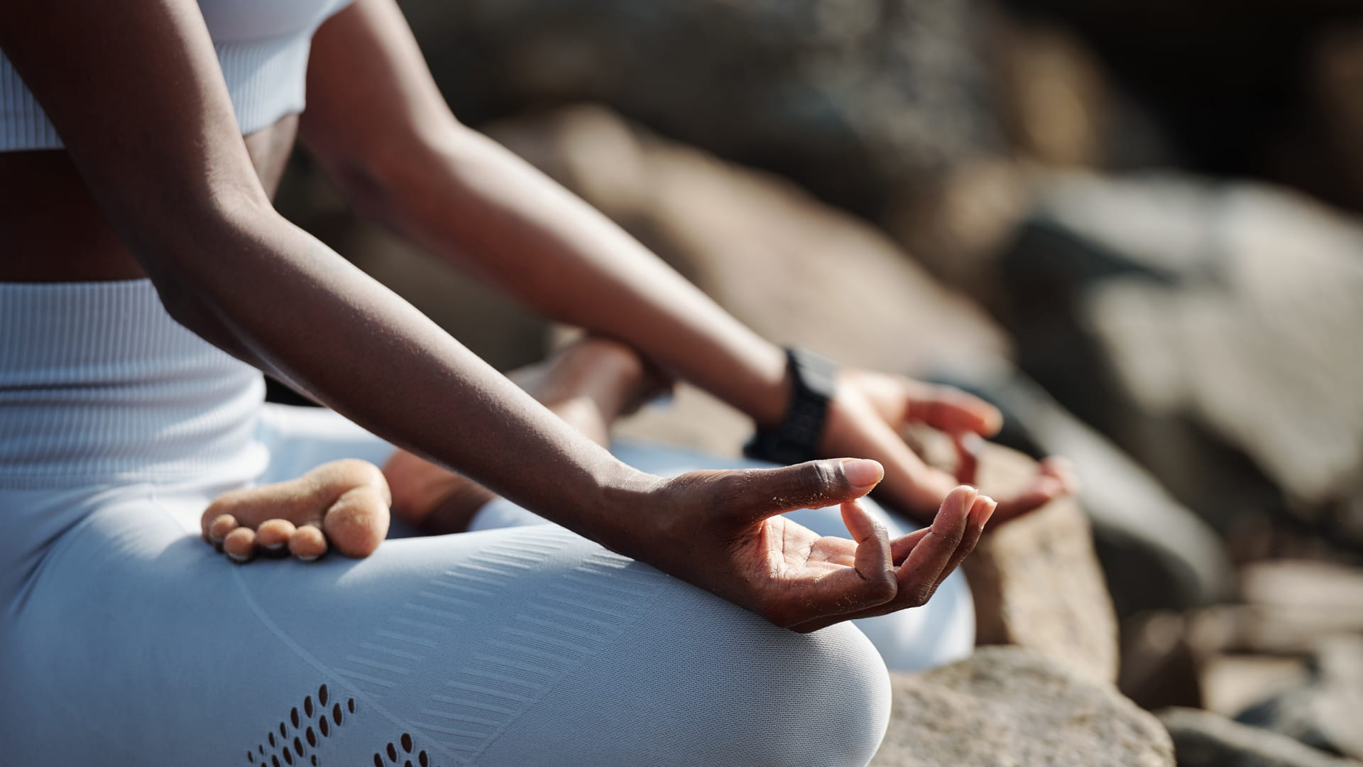 إليك أهمية ممارسة الرياضة والتأمل والنوم الجيد لتقوية مناعتك خلال جائحة فيروس كورونا