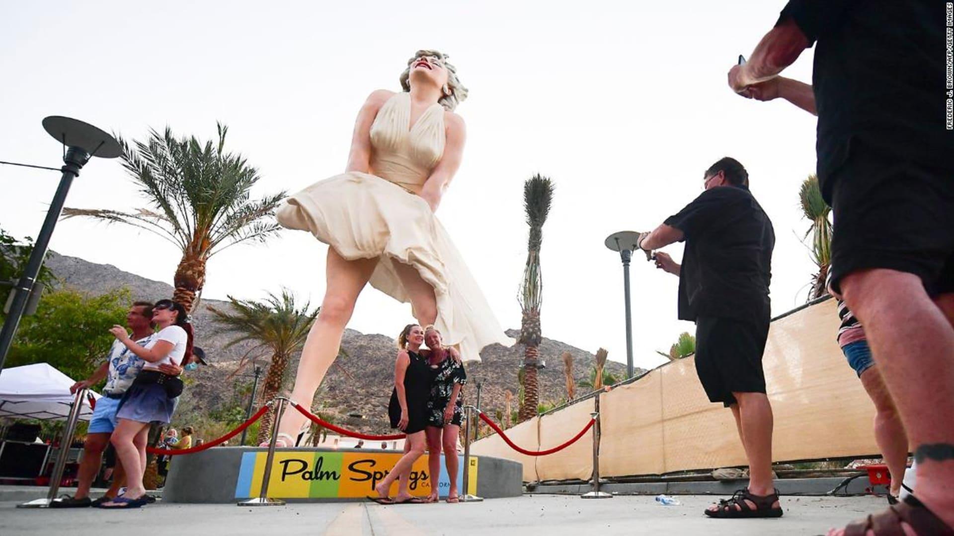 """احتجاجات على تمثال مارلين مونرو كونه """"مثير جنسيًا بشكل مفرط"""" في أمريكا"""