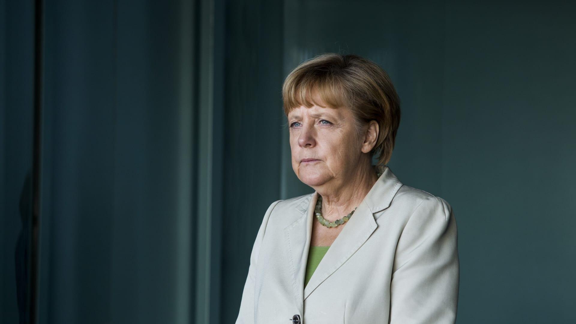 16 عامًا من السلطة.. كيف تقارن مدة حكم ميركل مستشارة ألمانيا مع قادة الدول الأخرى؟
