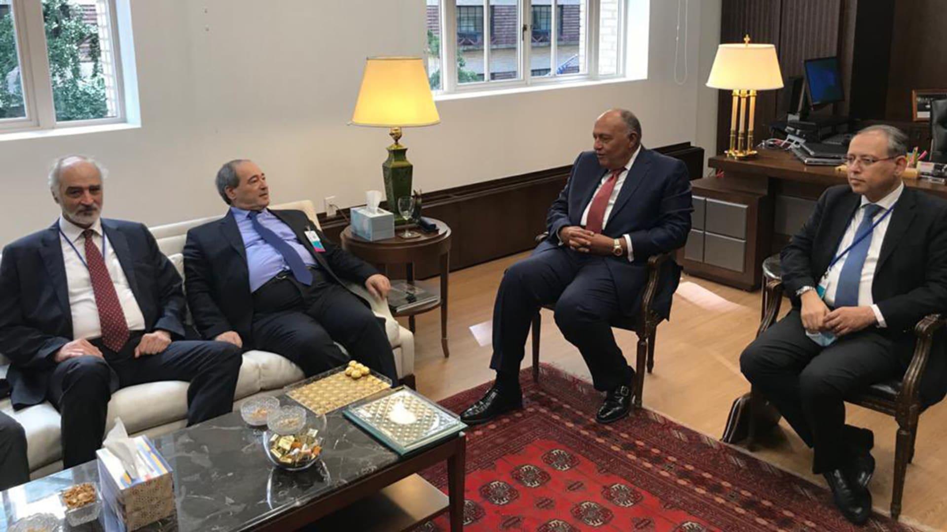 أول لقاء بين وزيري خارجية مصر وسوريا.. والمقداد: تجمعنا روابط تاريخية