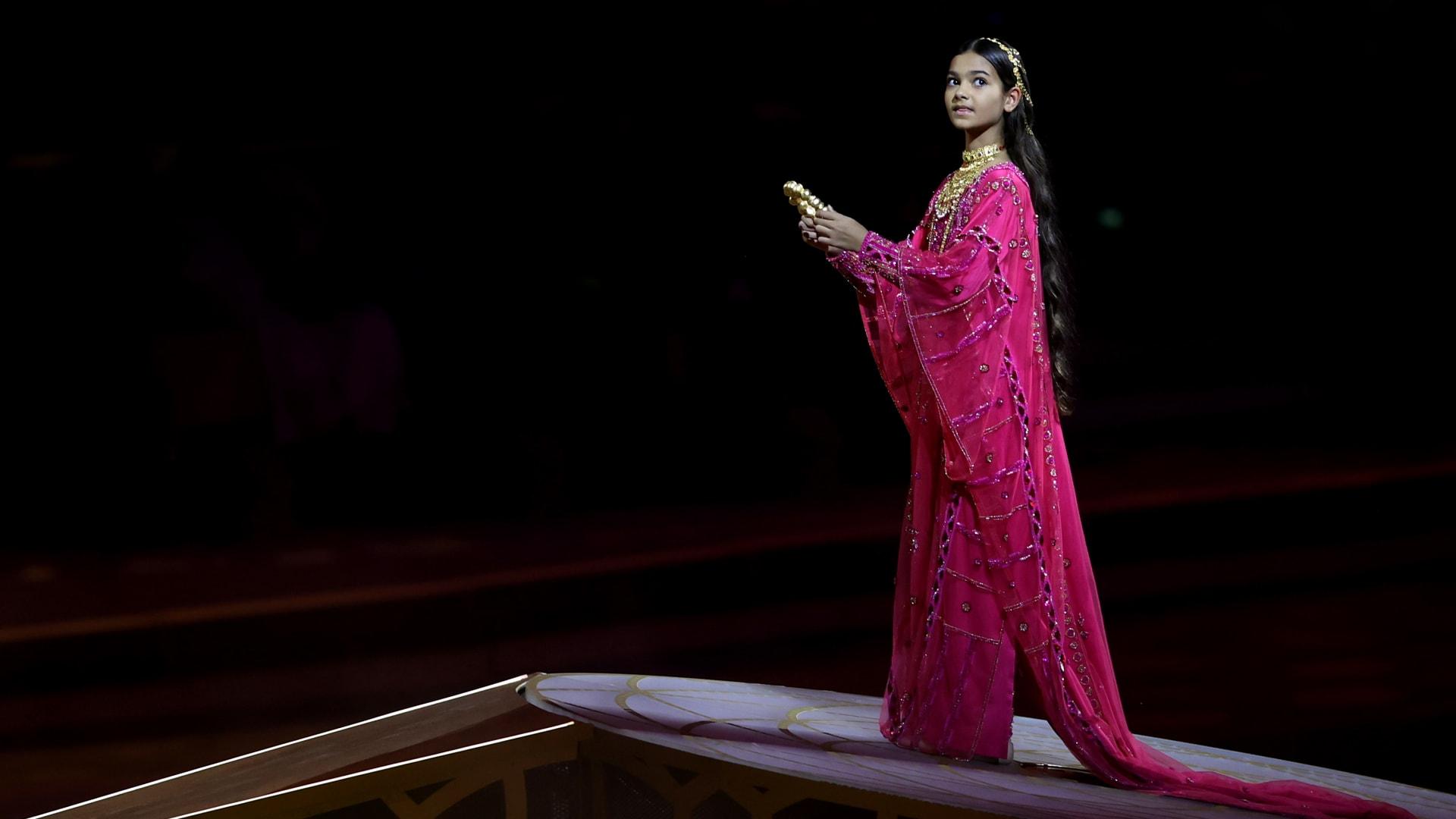 ما قد لا تعرفونه عن الطفلة ميرا سينغ بطلة افتتاح إكسبو 2020 دبي