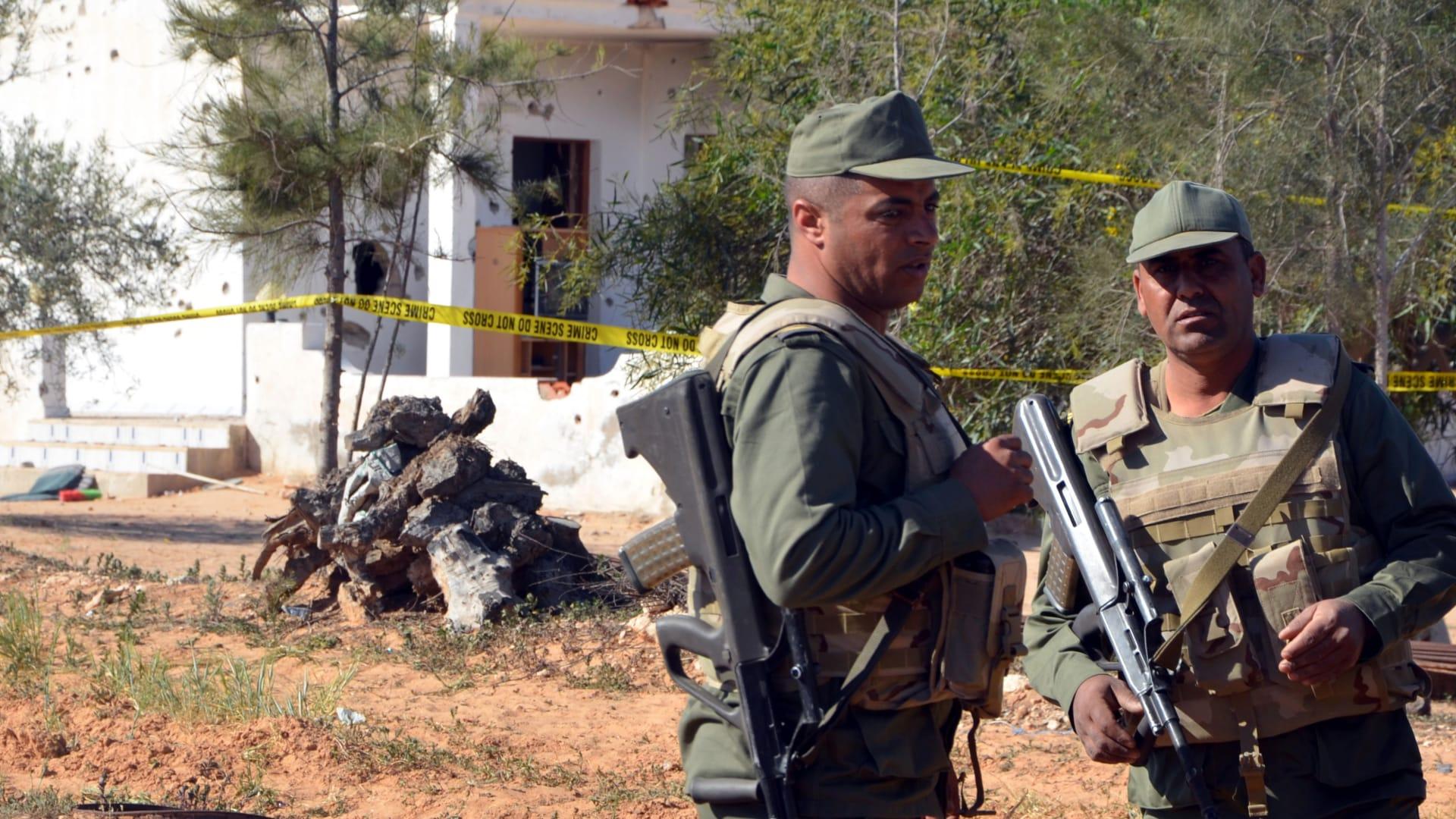 تونس: مقتل 36 إرهابيا و17 مدنيًا وعسكريًا إثر إحباط هجوم مسلح على مناطق عسكرية