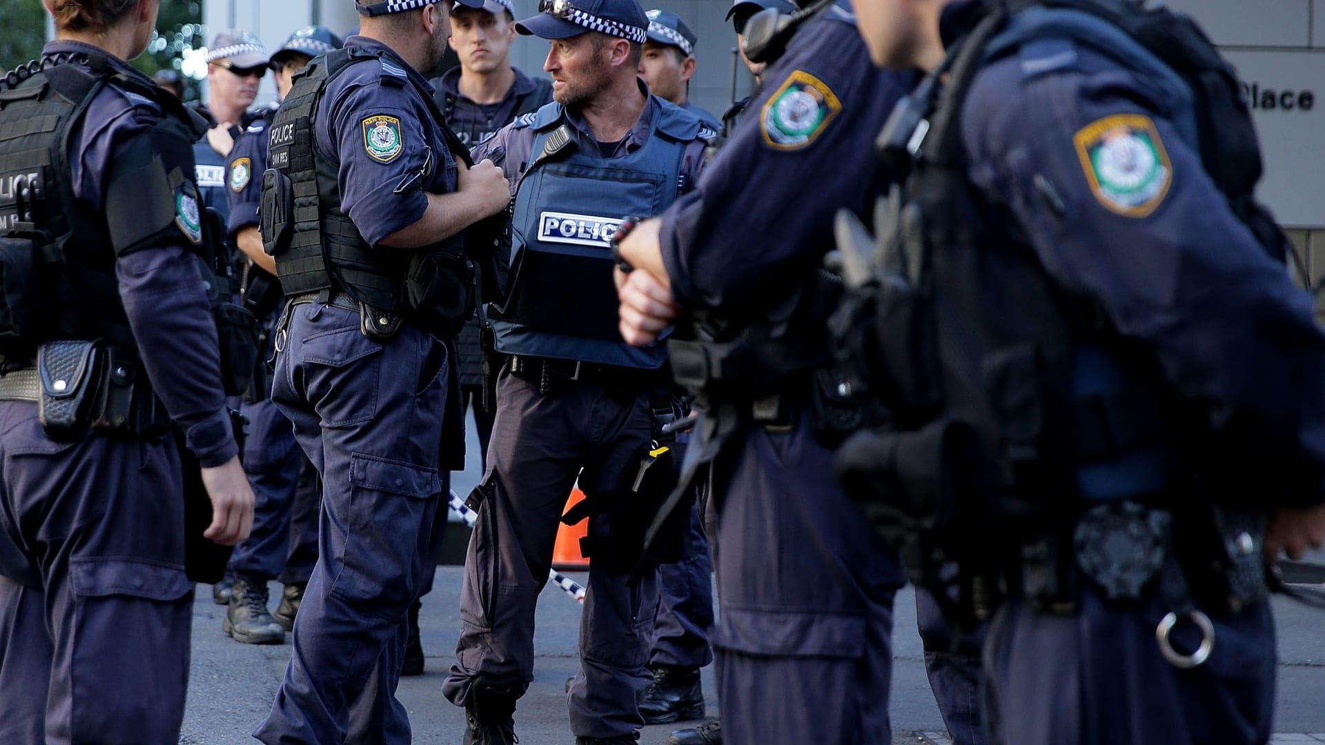"""أستراليا: احتجاز 5 مشتبه بهم حاولوا السفر إلى سوريا عبر البحر.. والشرطة: إن نجحوا قد يعودون """"أكثر صلابة إثر القتال"""""""