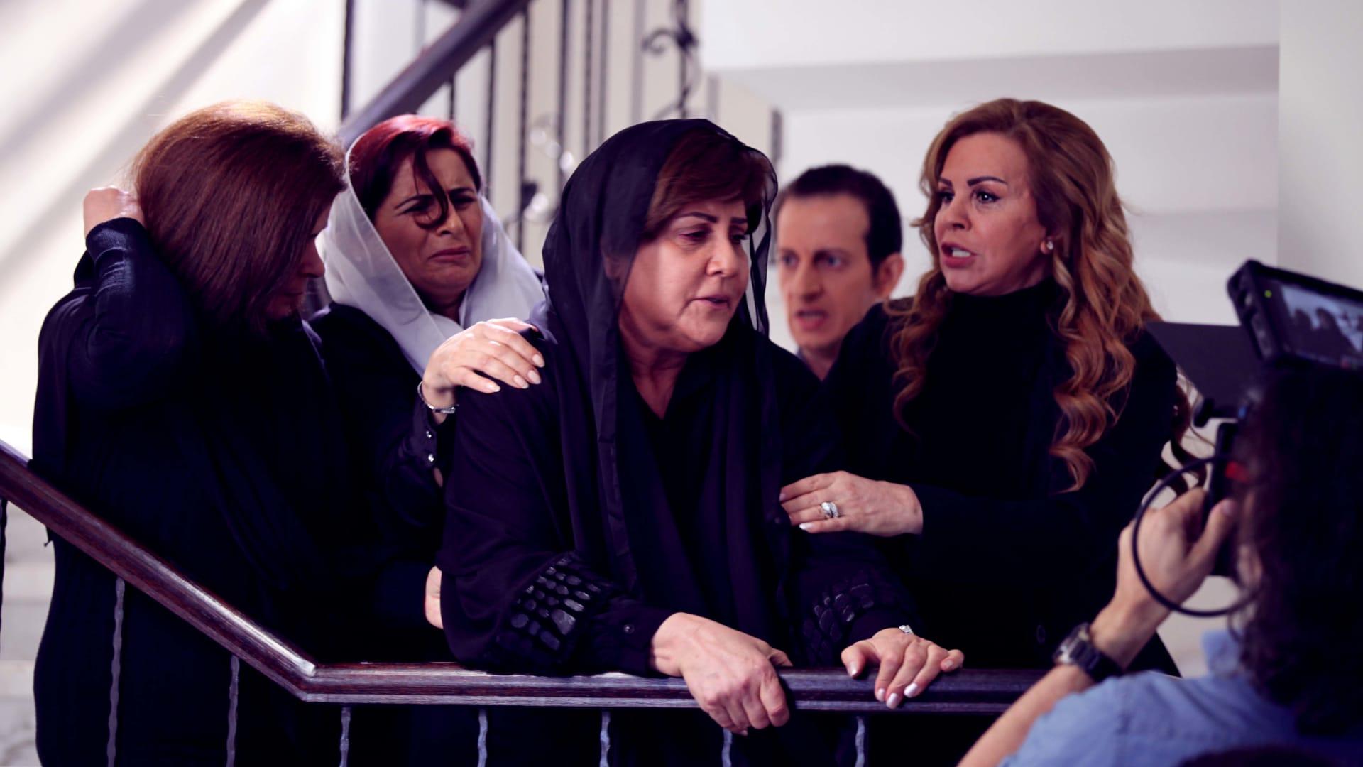 الممثلتان سلمى المصري وسهير البارودي في مشهد من المسلسل.