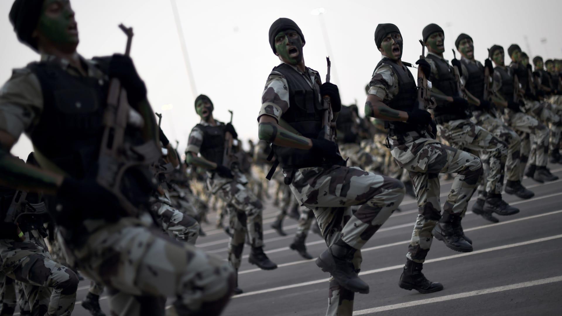 السعودية: مقتل مشتبه بالانتماء لداعش واجه الأمن في شقة مفروشة بالرياض