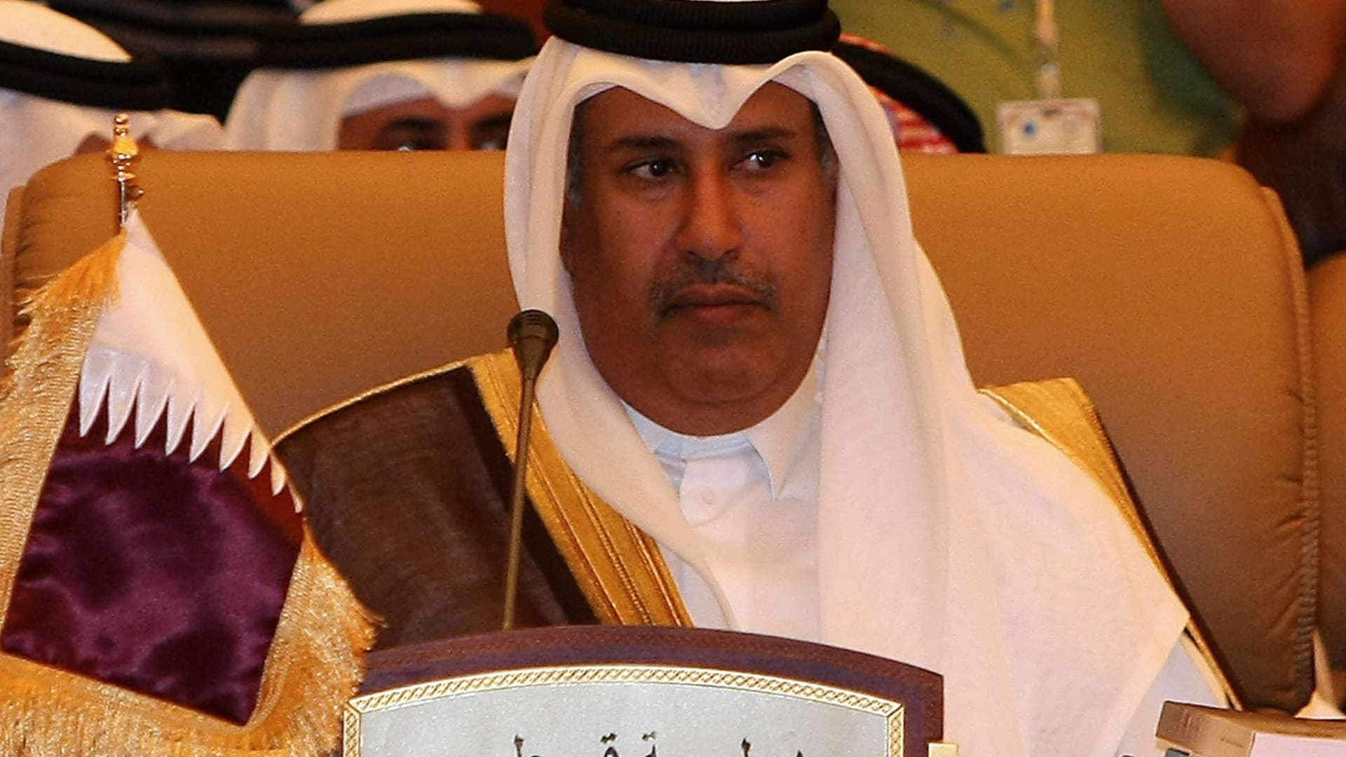 البحرين تحقق في مكالمة منسوبة لحمد بن جاسم مع قيادي بجمعية الوفاق