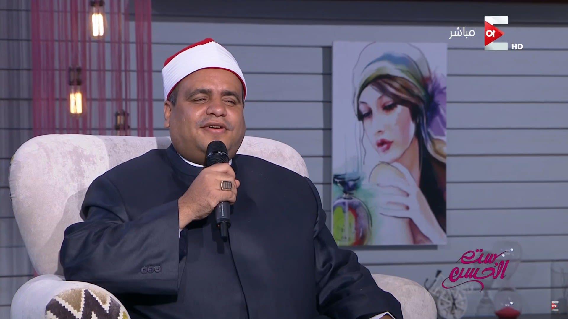 مصر.. إيقاف شيخ أزهري بعد غنائه لأم كلثوم