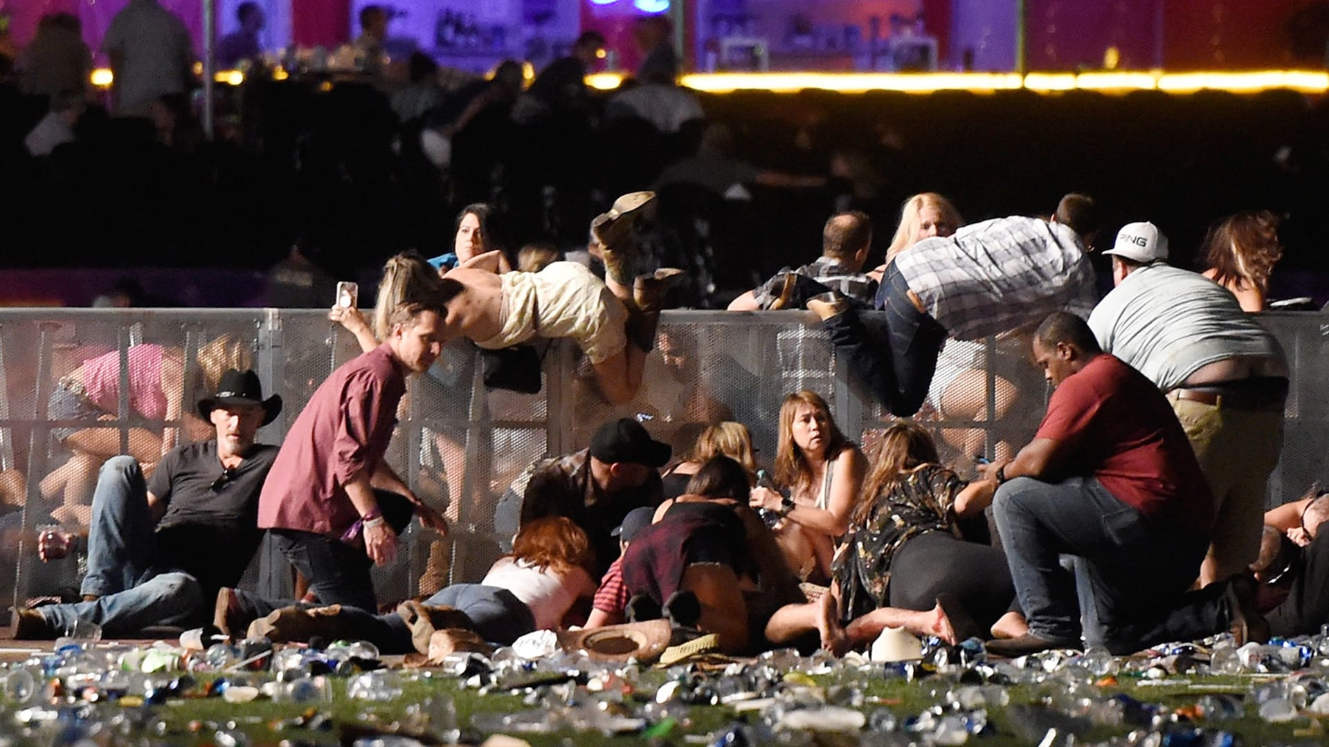 محلل أمني: مطلق النار بلاس فيغاس استهدف ضحاياه من الأعلى