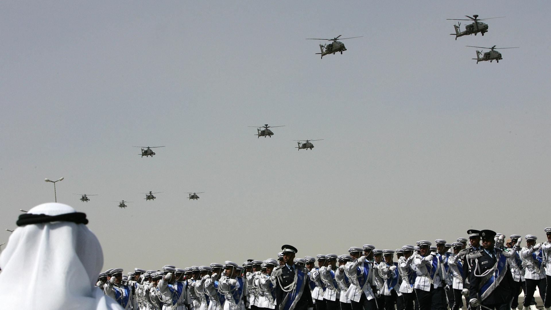 الكويت تطلب التحاق الدفعة الأولى من مجندي الخدمة العسكرية