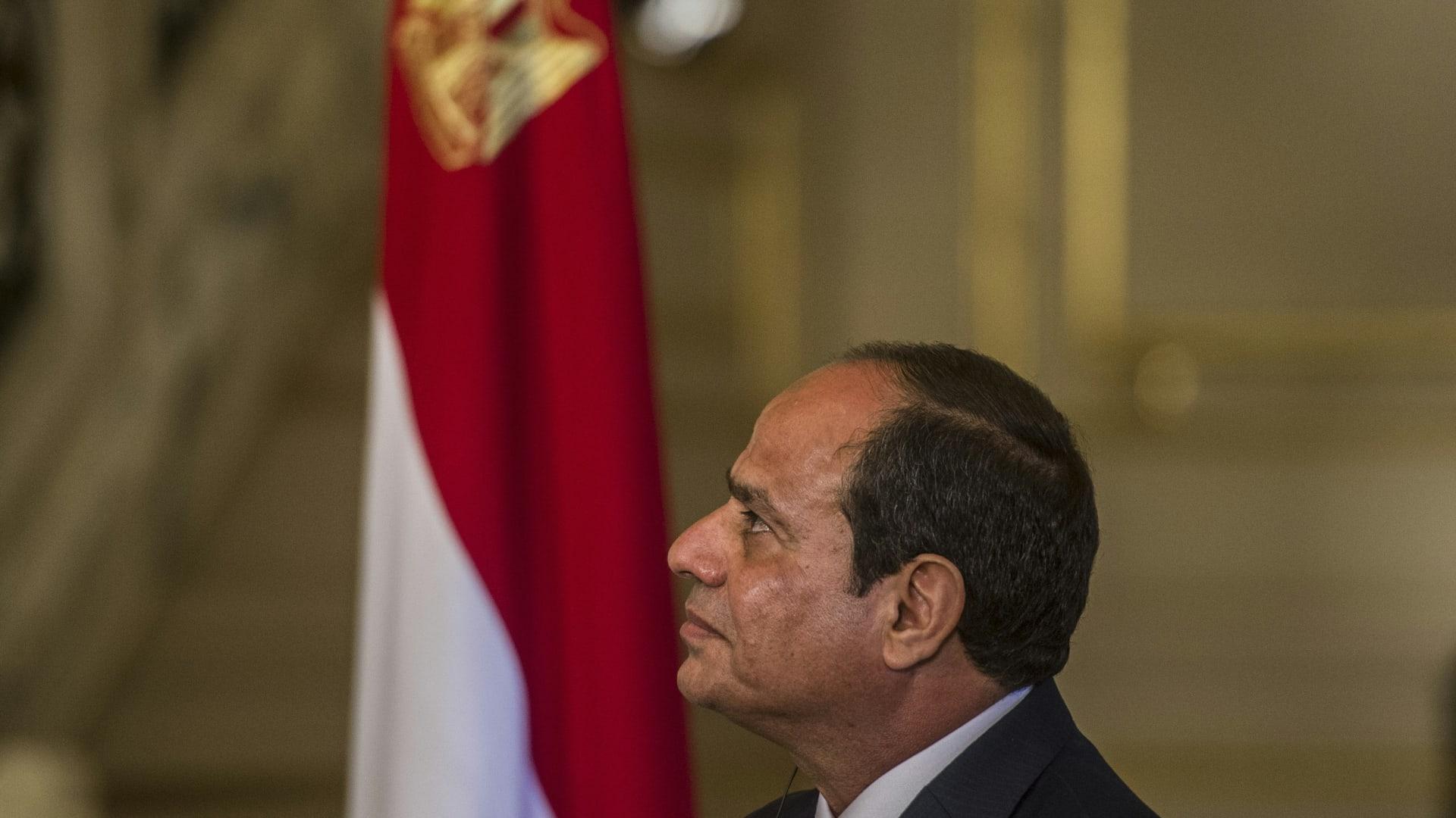 """مصر تنفي صحة """"تسريبات القدس"""" ويسرا تهدد باللجوء للقضاء"""