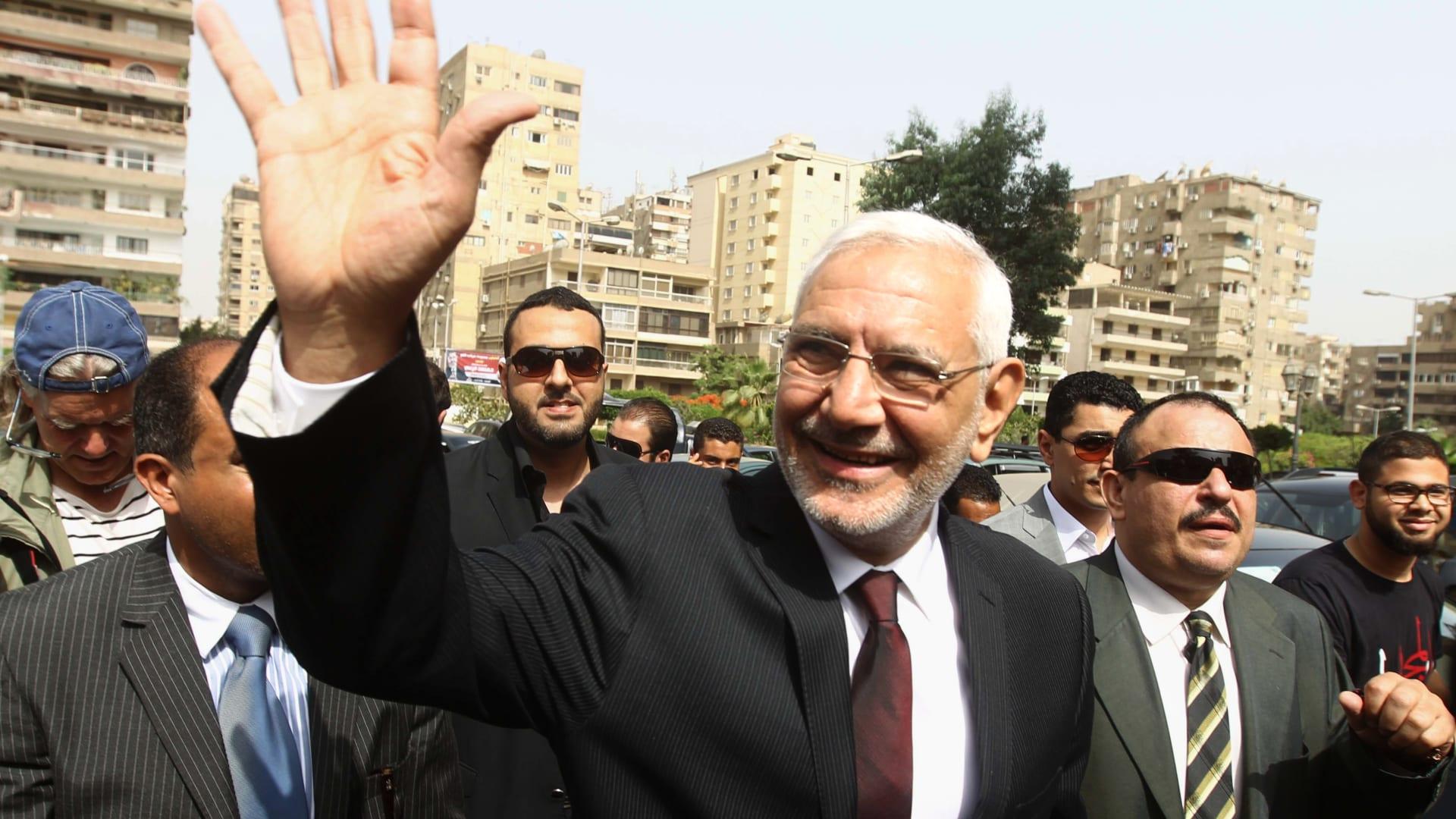 """الداخلية المصرية: أبو الفتوح خطط لإثارة البلبلة .. وحزب """"مصر القوية"""" يرد على اعتقال رئيسه"""