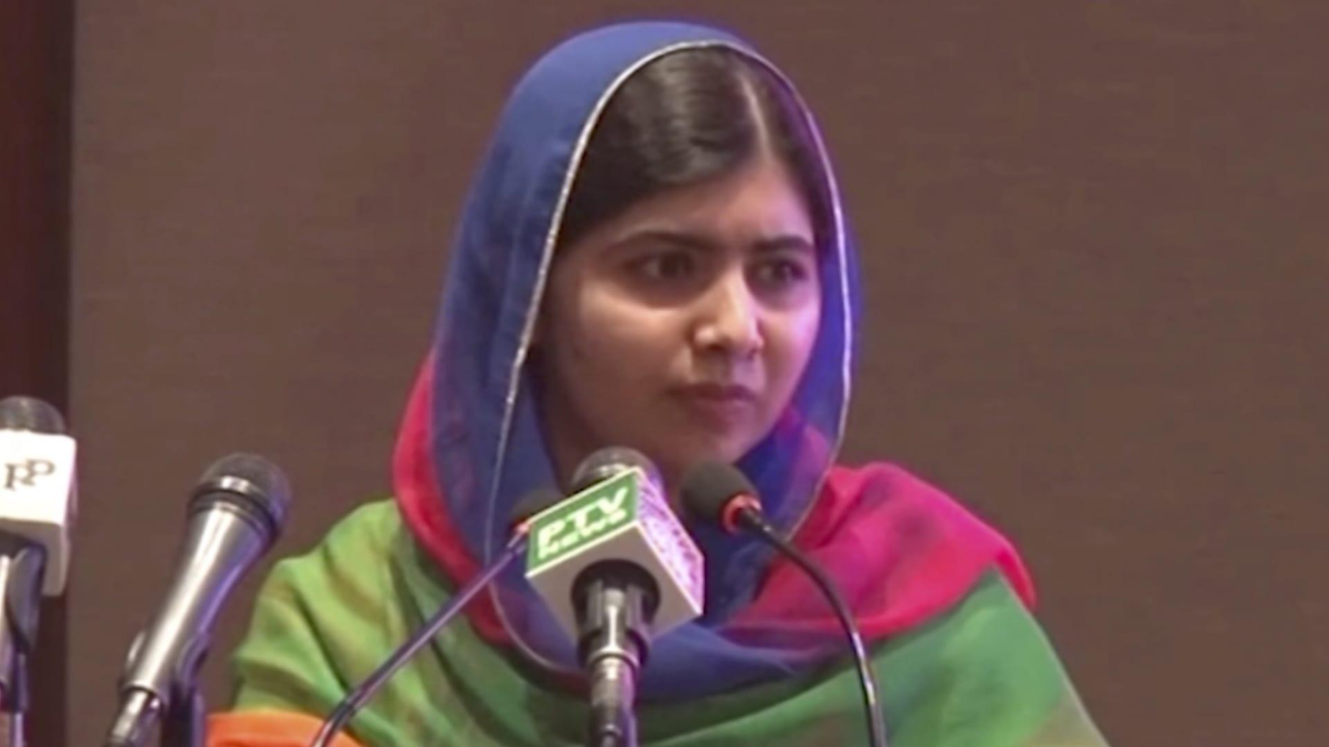 ملالا تعود لباكستان لأول مرة منذ محاولة اغتيالها قبل 6 سنوات
