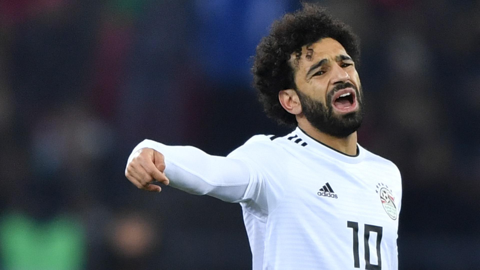 مدير المنتخب المصري يكشف حقيقة استبعاد محمد صلاح من كأس العالم