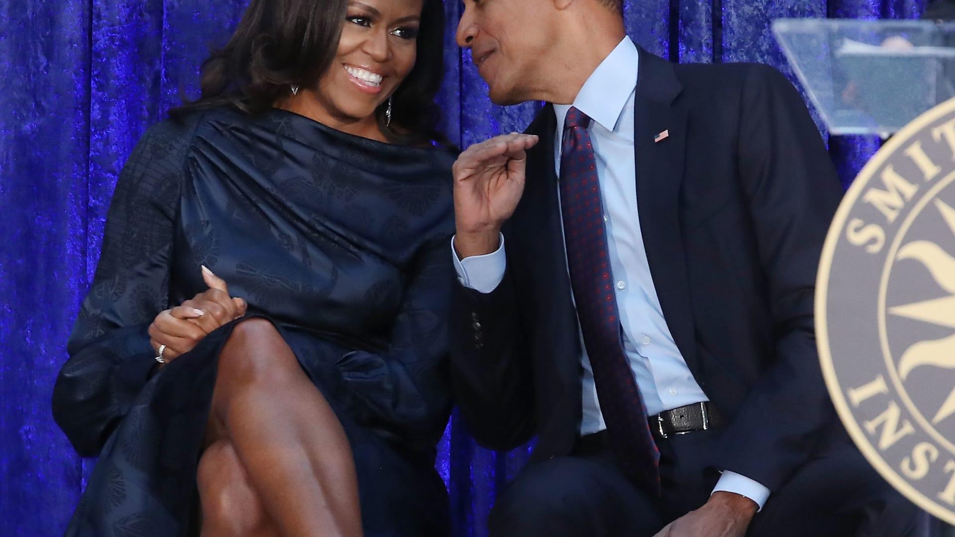 باراك وميشيل أوباما من البيت الأبيض إلى منصة Netflix