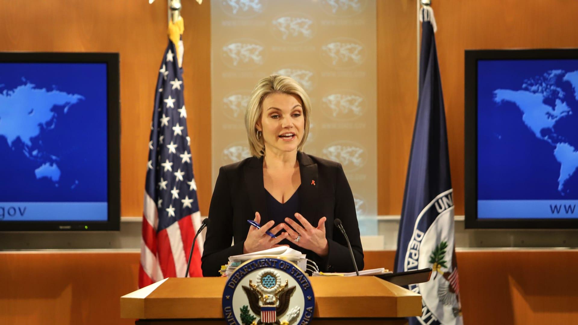 الولايات المتحدة تطرد اثنين من الدبلوماسيين الفنزويليين