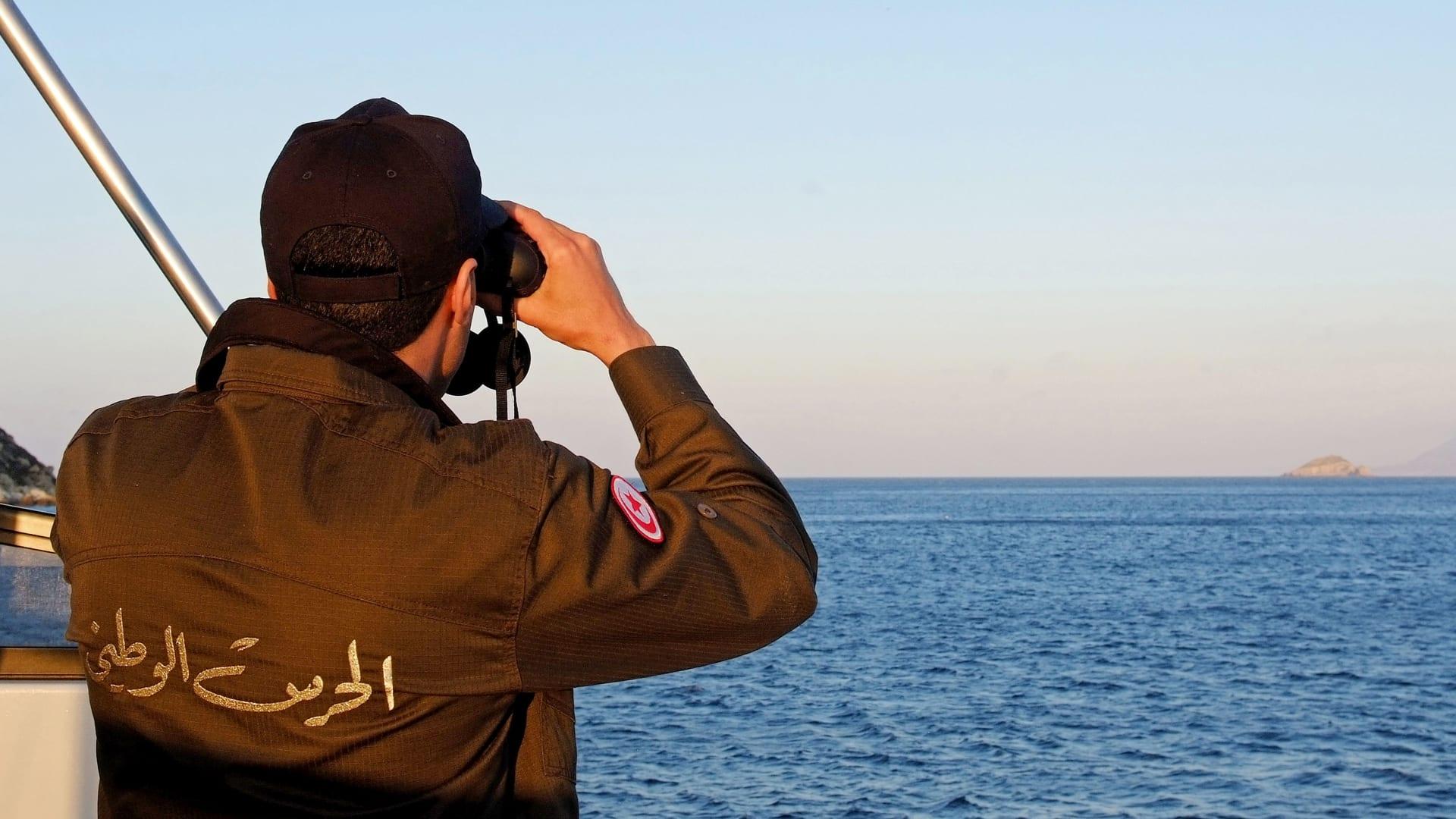 مقتل 35 مهاجرا قرب السواحل التونسية بعد غرق قاربهم