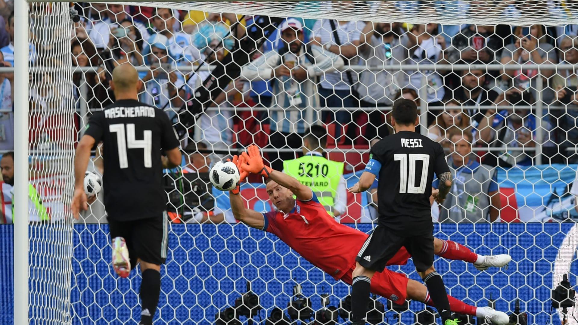 ليبرمان عن مباراة الأرجنتين وايسلندا: رأوا كم كان ميسي بحاجة لمباراة تدريبية ضد إسرائيل