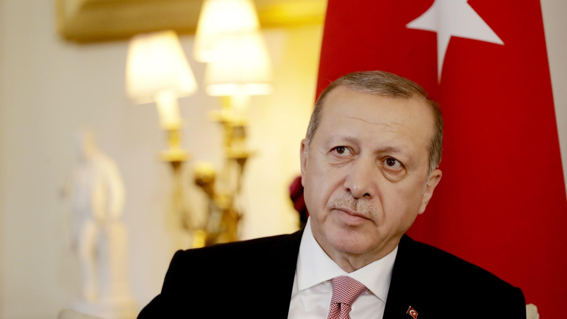 أردوغان: الشعب كلفني برئاسة البلاد ونسبة المشاركة بلغت 90%