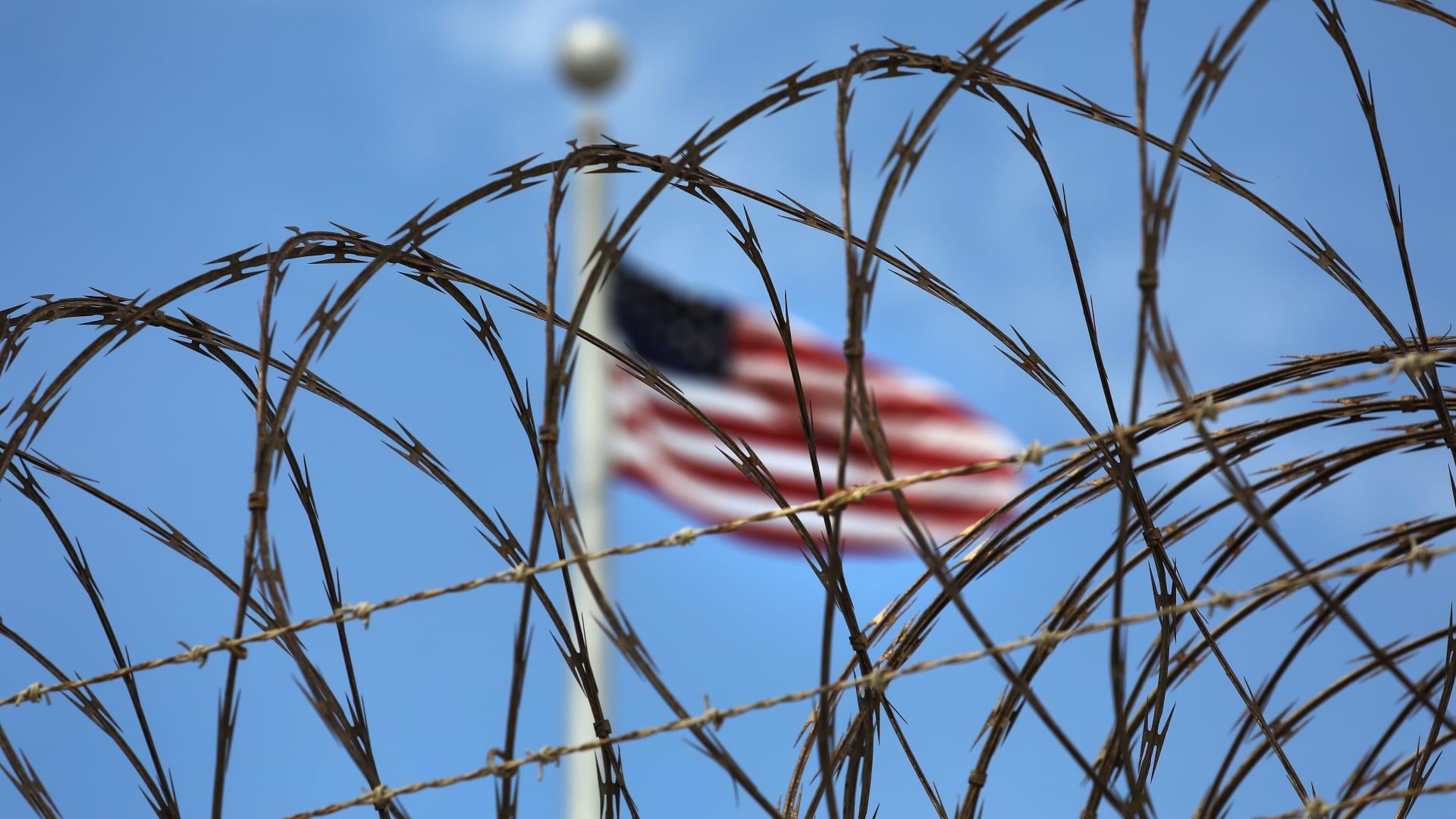 بعد إدانته بهجوم بنغازي.. أحمد أبو ختالة يواجه عقوبة السجن لـ22 عاما