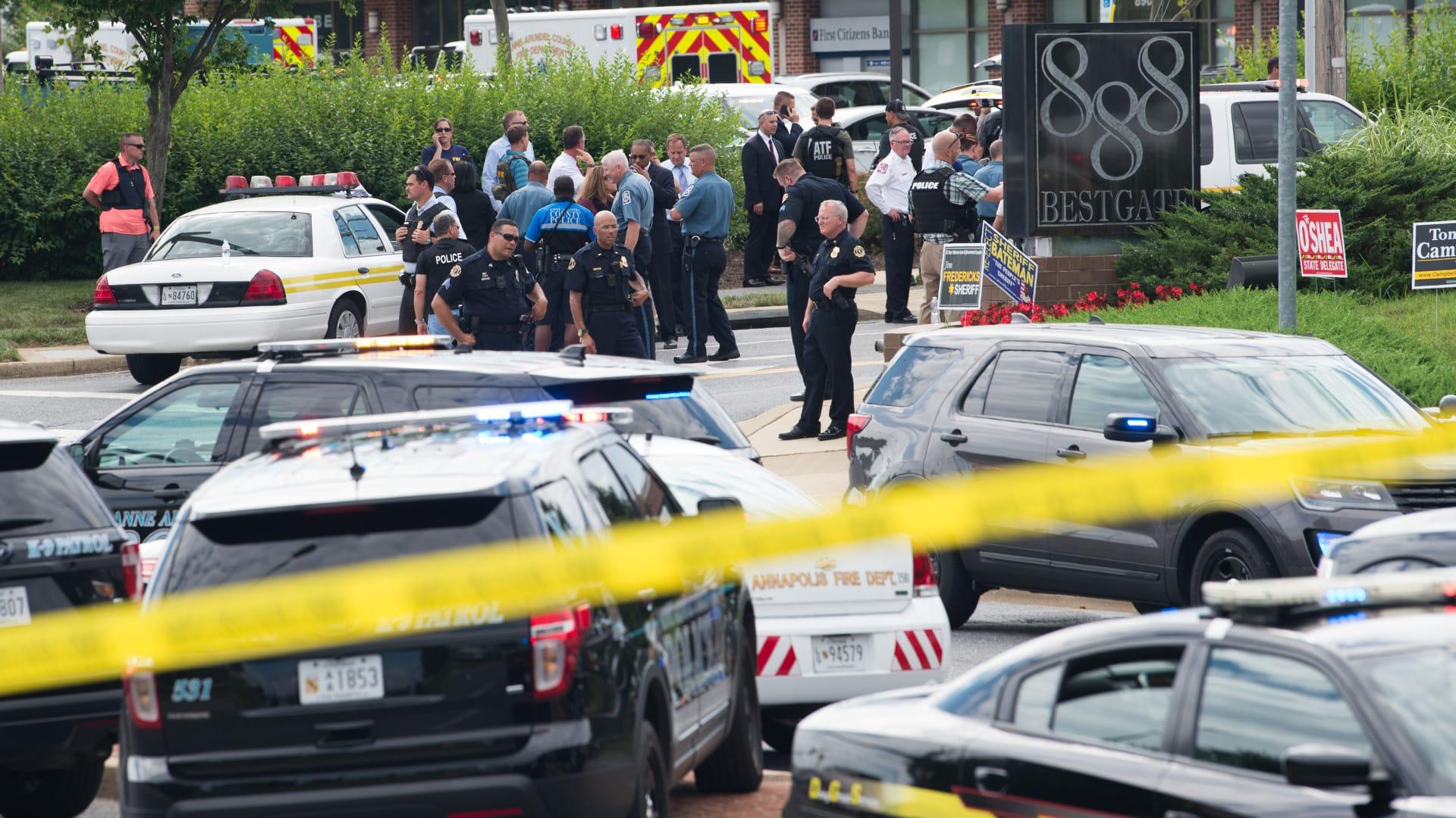 5 قتلى بهجوم على إحدى أقدم الصحف الأمريكية.. والسلاح: بندقية صيد